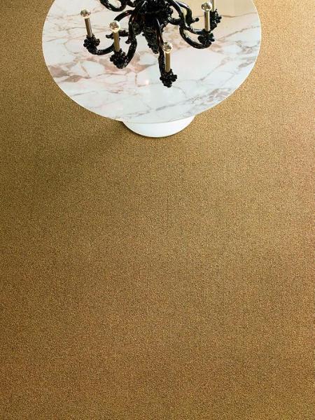 Gradient tile